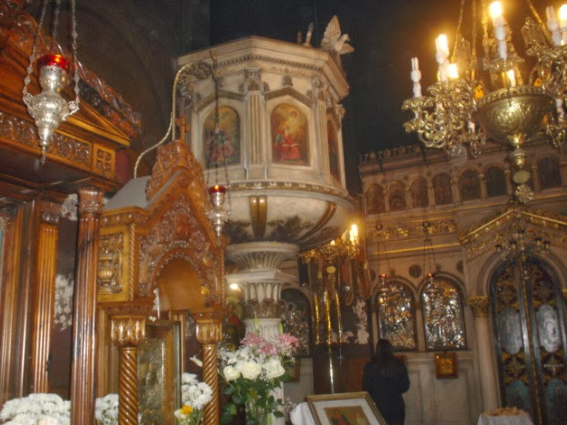 The beautifully decorated interior of the church of Aghioi Theodori