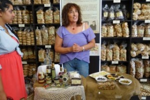 Delicious Food Tour in Athens