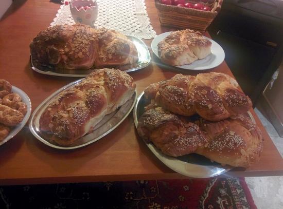 Tsoureki, Easter Bread