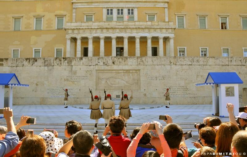 Shore Excursion: Acropolis, City Tour & Free Time in Plaka with Transfer