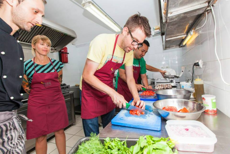 Santorini Cooking Lesson With Dinner & Museum Tour